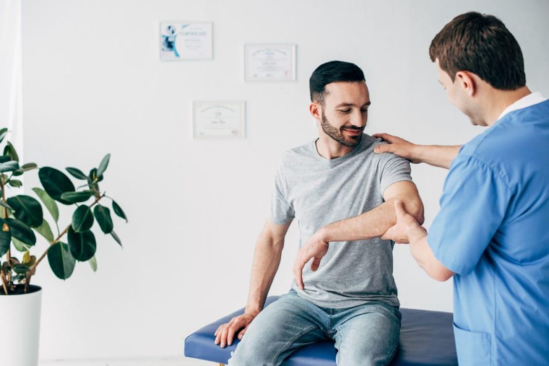11860 Vista Del Sol, Ste. 128 Chiropractic Shoulder Impingement Mobility Treatment